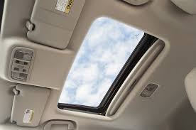 moonroof vs sunroof understand the difference