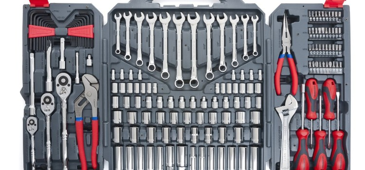 Mechanic Tools You Will Need For Car Repairs