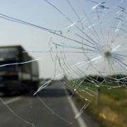 7 Ways to Prevent a Windshield Crack from Spreading