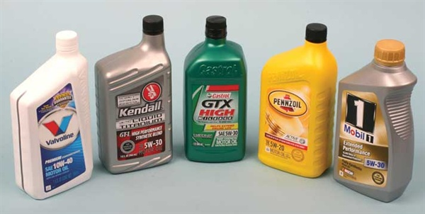 What You Need to Know About Synthetic Blend and Full Synthetic Oil