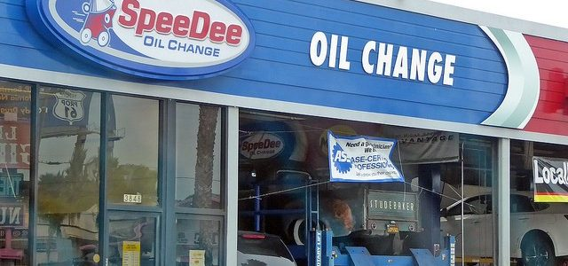 SpeeDee Oil Review: How Do They Stack Up?  Let's find out!